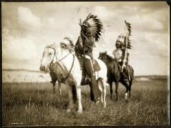 curtis001_sJPG_950_2000_0_75_0_50_50-as-published-at-httpblogs.denverpost.comcaptured20101115north-american-indian-photographs-by-edward-curtis2551-e1339007336787.jpg